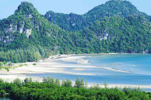 Ao-Thung-Makham-Chumphon-Thailand-003.jpg