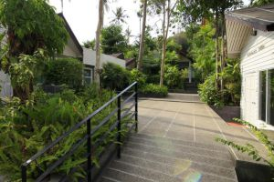 Aonang-Paradise-Resort-Krabi-Thailand-Entrance.jpg