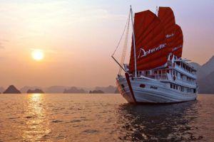 Aphrodite-Cruises-Halong-Vietnam-Overview.jpg