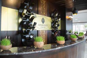 Aphrodite-Cruises-Halong-Vietnam-Reception.jpg