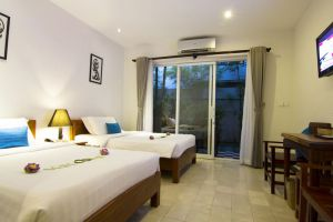 Apsara-Centrepole-Hotel-Siem-Reap-Cambodia-Room.jpg
