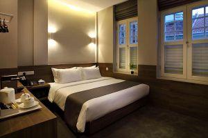 Arcadia-Hotel-Kallang-Singapore-Room.jpg