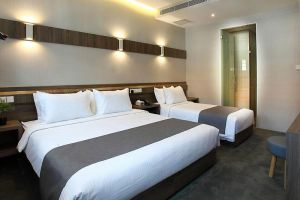 Arcadia-Hotel-Kallang-Singapore-Room-Triple.jpg