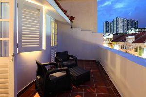 Arcadia-Hotel-Kallang-Singapore-Terrace.jpg