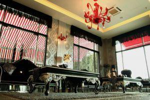 Arenaa-Deluxe-Hotel-Melaka-Lobby.jpg