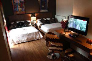 Arenaa-Deluxe-Hotel-Melaka-Room-Family.jpg