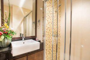 Arisara-Place-Hotel-Samui-Thailand-Bathroom.jpg