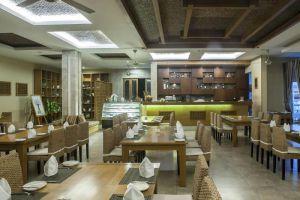 Aroma-Beach-Resort-Spa-Phan-Thiet-Vietnam-Restaurant.jpg