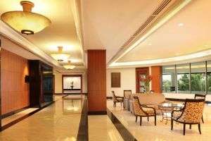 Aryaduta-Hotel-Bandung-Indonesia-Lobby.jpg