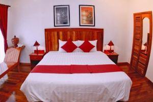 Asanak-D'Angkor-Boutique-Hotel-Room.jpg