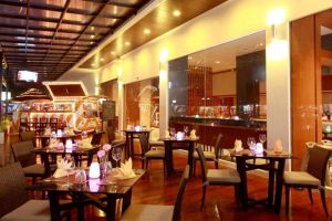 Ashlee-Hub-Hotel-Patong-Phuket-Thailand-Restaurant.jpg