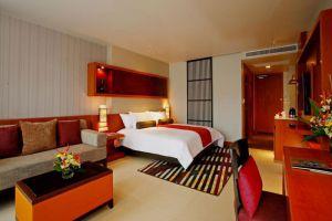 Ashlee-Hub-Hotel-Patong-Phuket-Thailand-Room.jpg
