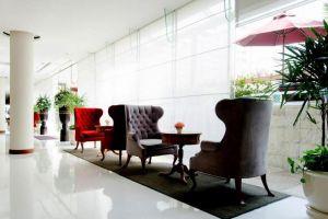 At-Ease-Saladaeng-by-Aetas-Bangkok-Thailand-Lobby.jpg