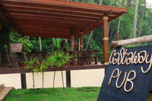 Away-Resort-Koh-Kood-Thailand-Lounge.jpg