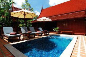 Baan-Amphawa-Resort-Spa-Samut-Songkhram-Thailand-Pool.jpg