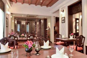 Baan-Khanitha-Restaurant-Bangkok-Thailand-004.jpg