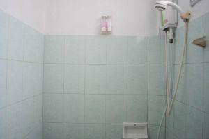 Baan-Rom-Mai-Resort-Samui-Thailand-Bathroom.jpg