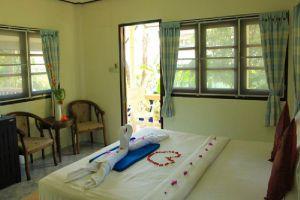 Baan-Rom-Mai-Resort-Samui-Thailand-Room.jpg