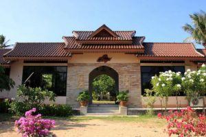 Baan-Saen-Sook-Villas-Samui-Thailand-Entrance.jpg