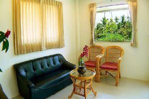 Baan-Saen-Sook-Villas-Samui-Thailand-Living-Room.jpg