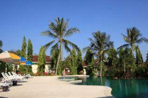 Baan-Saen-Sook-Villas-Samui-Thailand-Pool.jpg