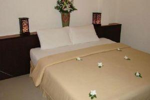 Baan-Saen-Sook-Villas-Samui-Thailand-Room.jpg