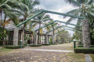 Baan-Tai-Had-Resort-Samut-Songkhram-Thailand-Entrance.jpg