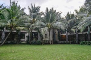 Baan-Tai-Had-Resort-Samut-Songkhram-Thailand-Garden.jpg