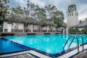 Baan-Tai-Had-Resort-Samut-Songkhram-Thailand-Pool.jpg