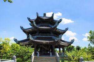 Bai-Dinh-Temple-Ninh-Binh-Vietnam-003.jpg