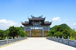 Bai-Dinh-Temple-Ninh-Binh-Vietnam-007.jpg