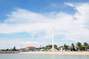 Ban-Amphur-Beach-Chonburi-Thailand-07.jpg