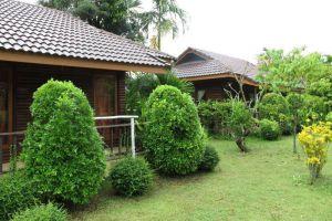 Ban-Chomna-Resort-Chiang-Rai-Thailand-Garden.jpg