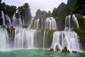 Ban-Gioc-Waterfall-Cao-Bang-Vietnam-005.jpg
