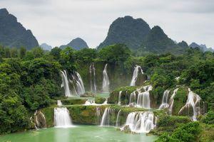 Ban-Gioc-Waterfall-Cao-Bang-Vietnam-006.jpg