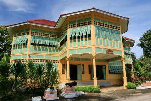 Ban-Pong-Nak-Museum-Lampang-Thailand-01.jpg