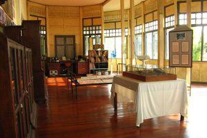Ban-Pong-Nak-Museum-Lampang-Thailand-04.jpg