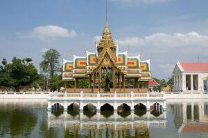 Bang-Pa-In-Royal-Palace-Ayutthaya-Thailand-001.jpg