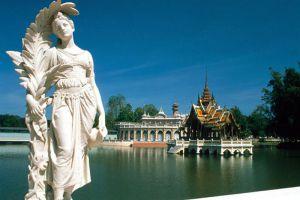 Bang-Pa-In-Royal-Palace-Ayutthaya-Thailand-002.jpg