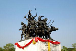 Bang-Rachan-Memorial-Park-Sing-Buri-Thailand-01.jpg