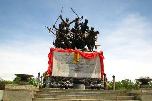 Bang-Rachan-Memorial-Park-Sing-Buri-Thailand-02.jpg
