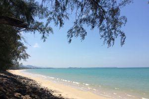 Bang-Sak-Beach-Phang-Nga-Thailand-04.jpg
