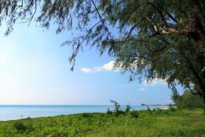 Bang-Sak-Beach-Phang-Nga-Thailand-05.jpg