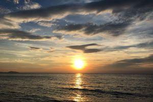 Bangsaen-Beach-Chonburi-Thailand-05.jpg