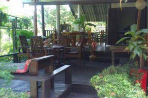 Banphu-Resort-Koh-Chang-Thailand-Restaurant.jpg