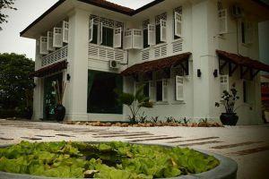 Banyan-Beauty-Ipoh-Perak-Malaysia-01.jpg