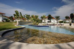 Banyan-Resort-Hua-Hin-Thailand-Pool.jpg