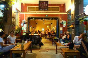 Baraca-Restaurant-Kampot-Cambodia-01.jpg