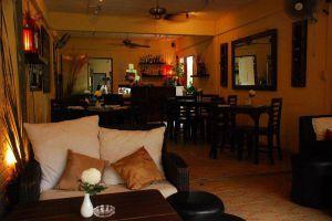 Barracuda-Restaurant-Bar-Koh-Tao-Thailand-002.jpg