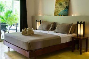 Battambang-Resort-Cambodia-Room.jpg